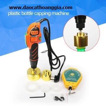 http://daocathoanggia.com/san-pham/dung-cu-dong-nap-chai-cam-tay-may-dong-nap-chai-nhua-nap-may-dong-nap-van-1050mm/